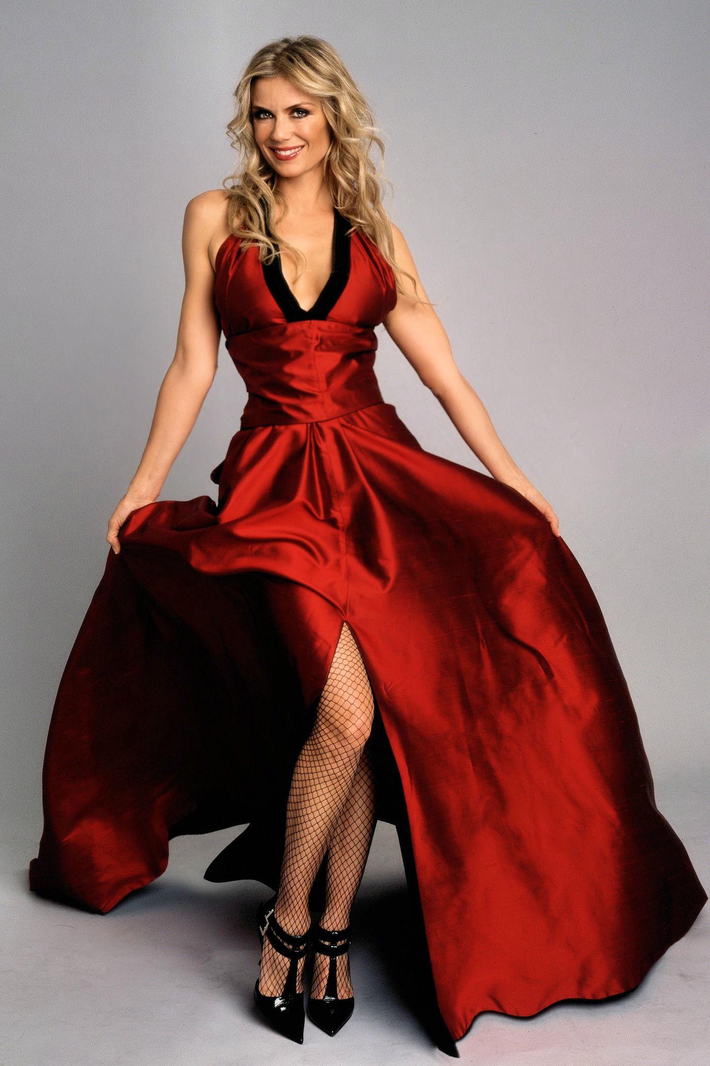 katherine kelly dresses