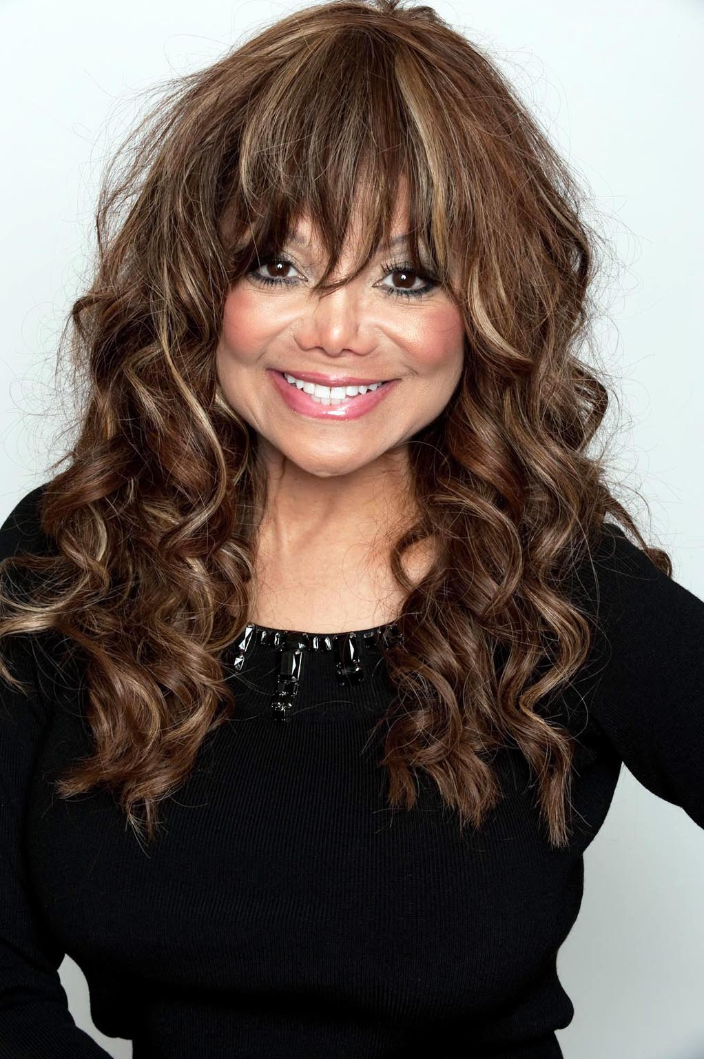 hair styles for big noses la toya jackson photo 12 of 14 pics wallpaper photo 3981