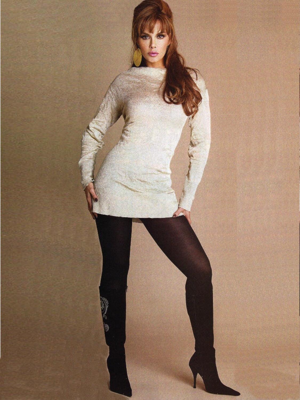 Lucia Mendez photo 2 o...