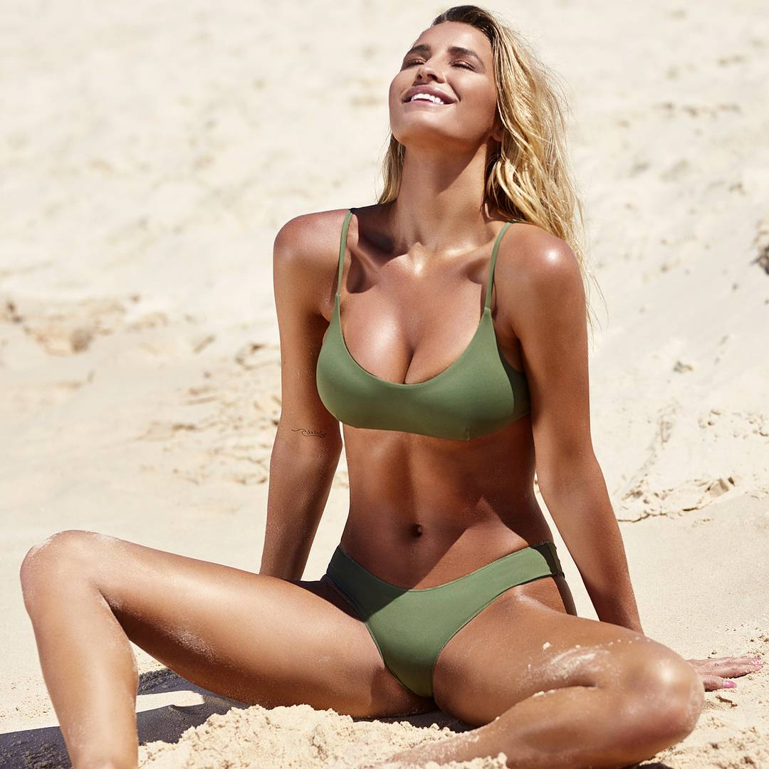 Madison Edwards Nude Photos 25