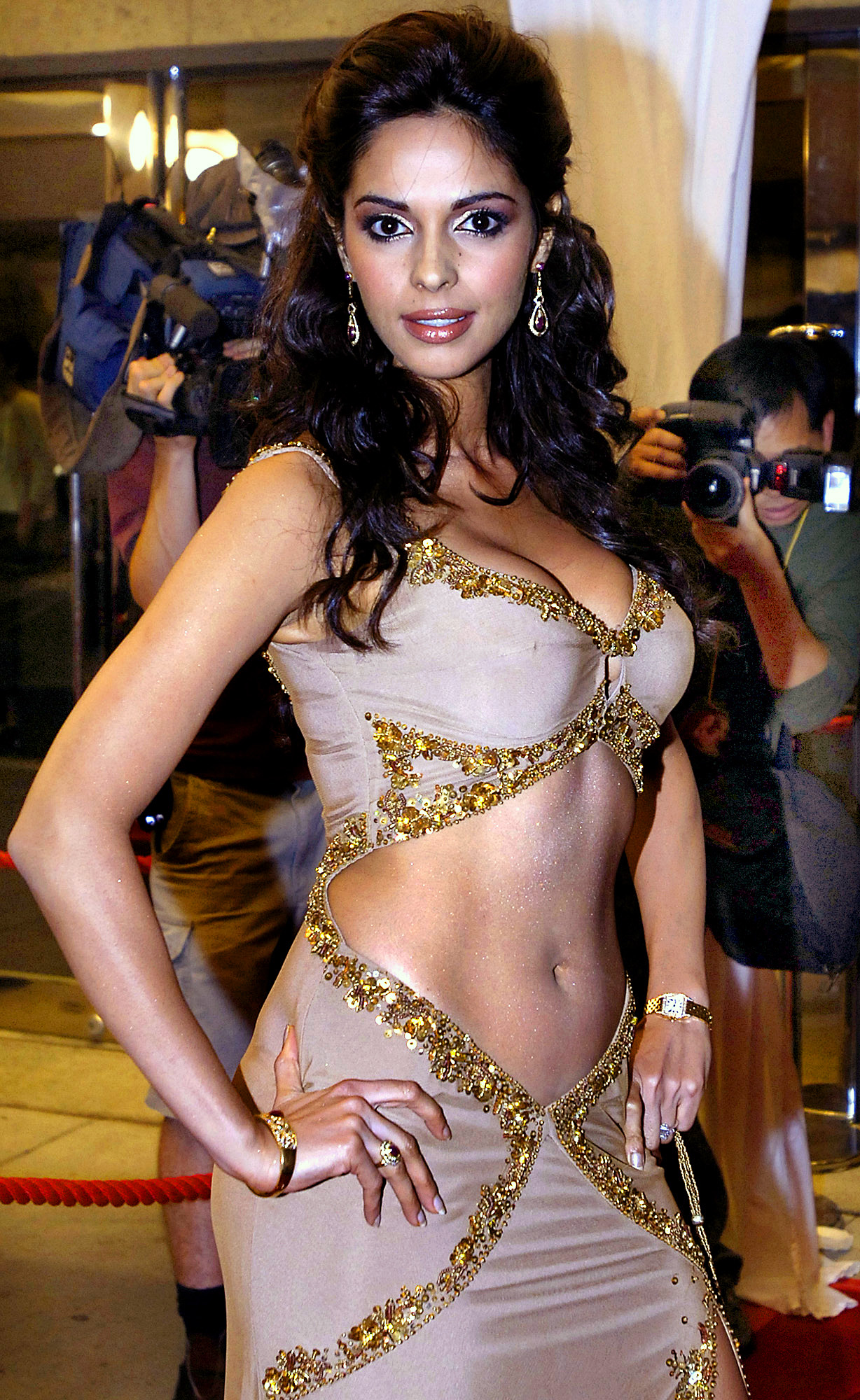 Scene mallika sherawat naked photo screams
