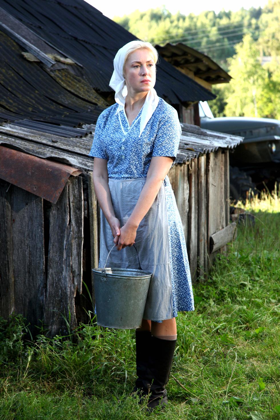 Красивая девушка в деревне фильм — photo 11