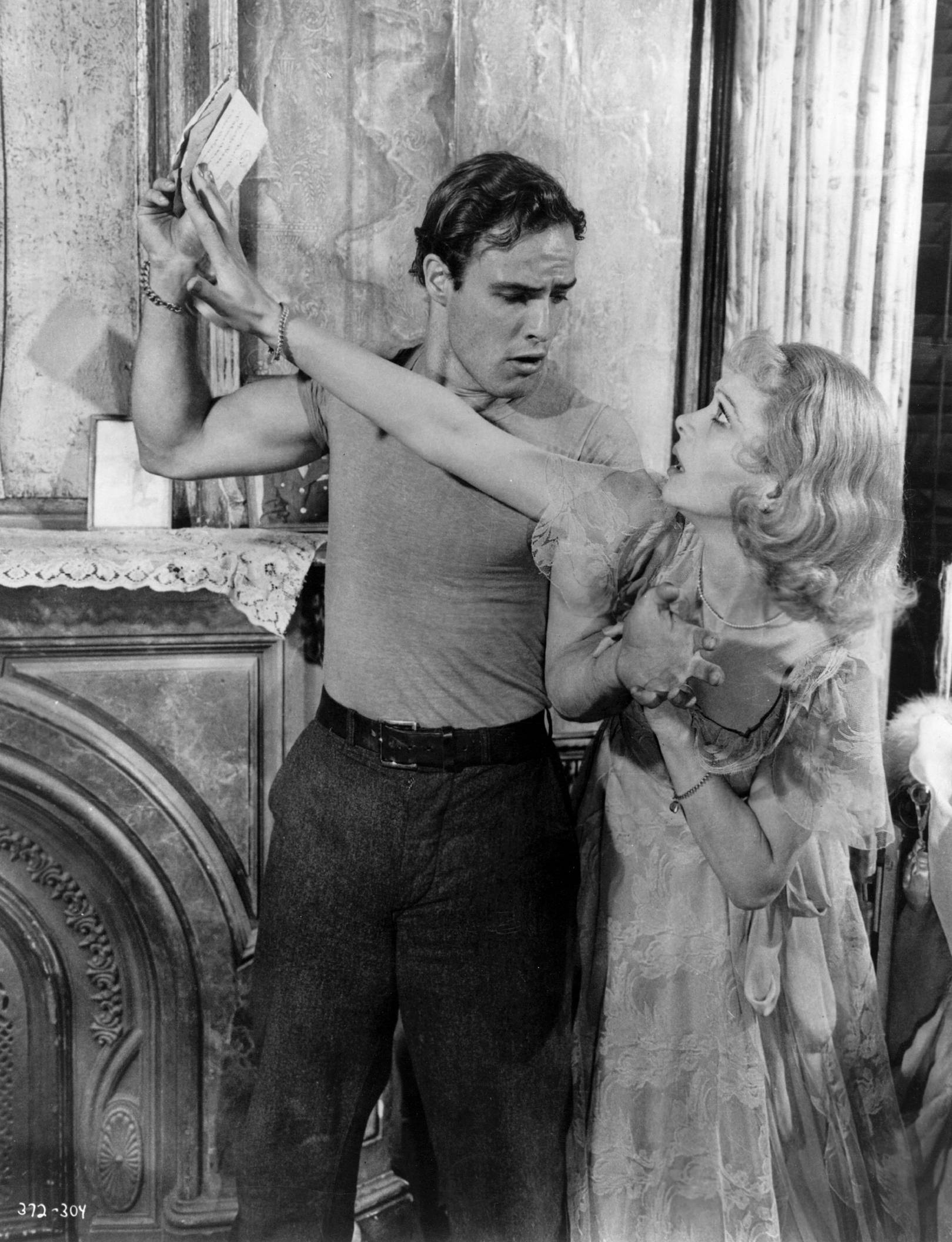 williams view on the conflicted worlds of blanche dubois and stanley kowalski and the faded american What to say about a streetcar named desire at the very different world of her brother-in-law, stanley kowalski the role of blanche dubois in the.