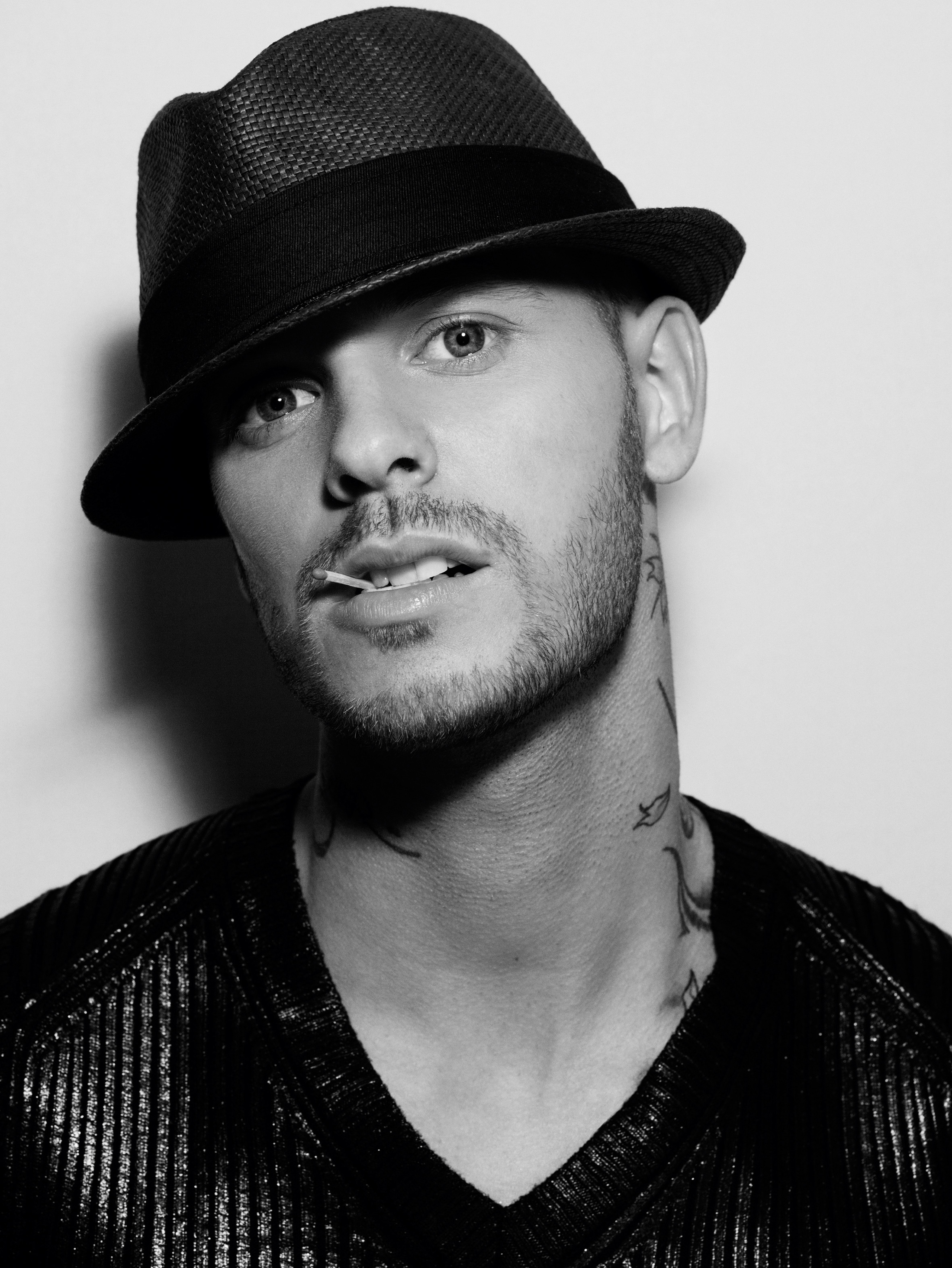 matt pokora photo 8 of 160 pics wallpaper photo 283026. Black Bedroom Furniture Sets. Home Design Ideas
