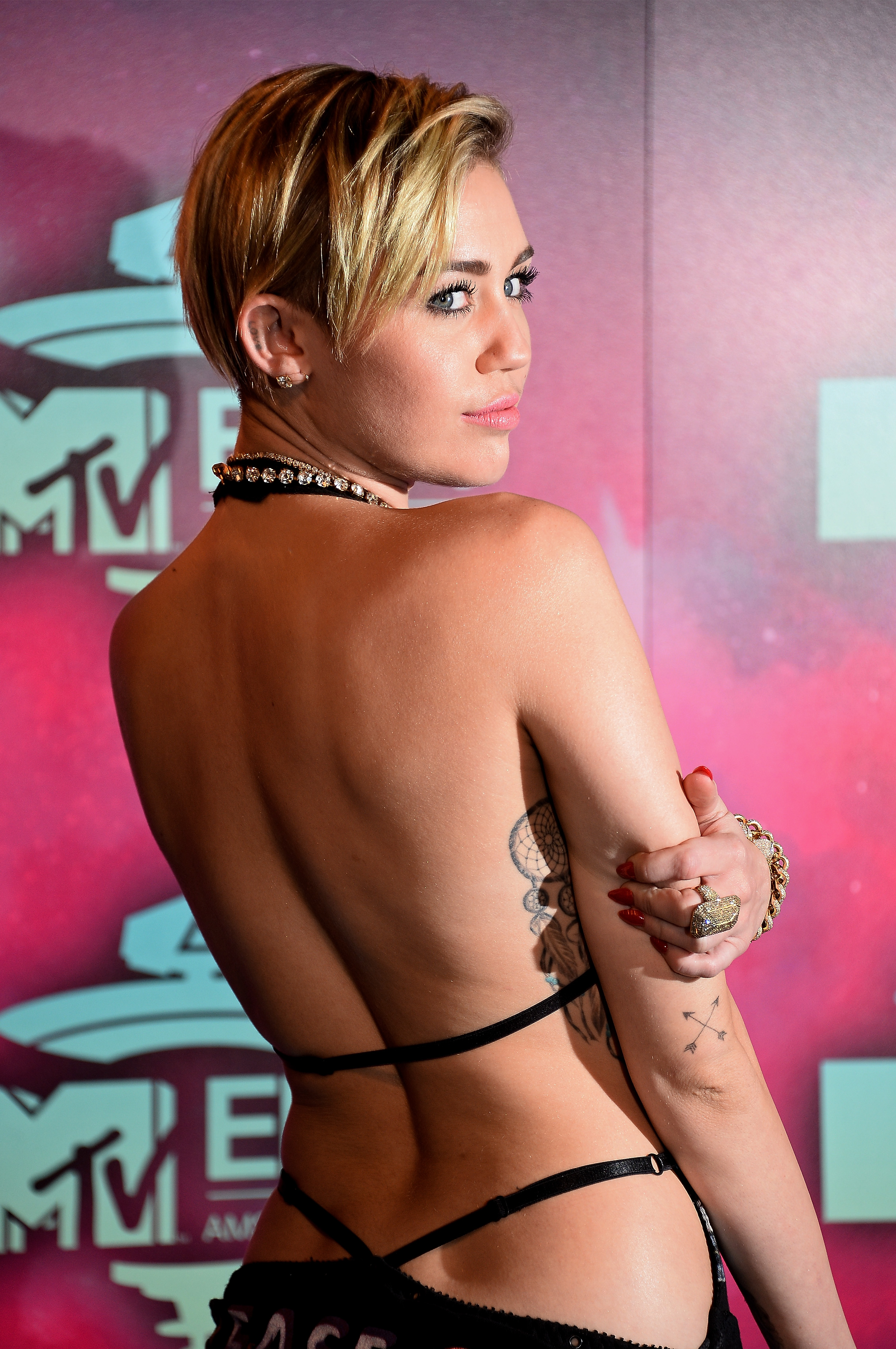 Mileycyrus porn pictures