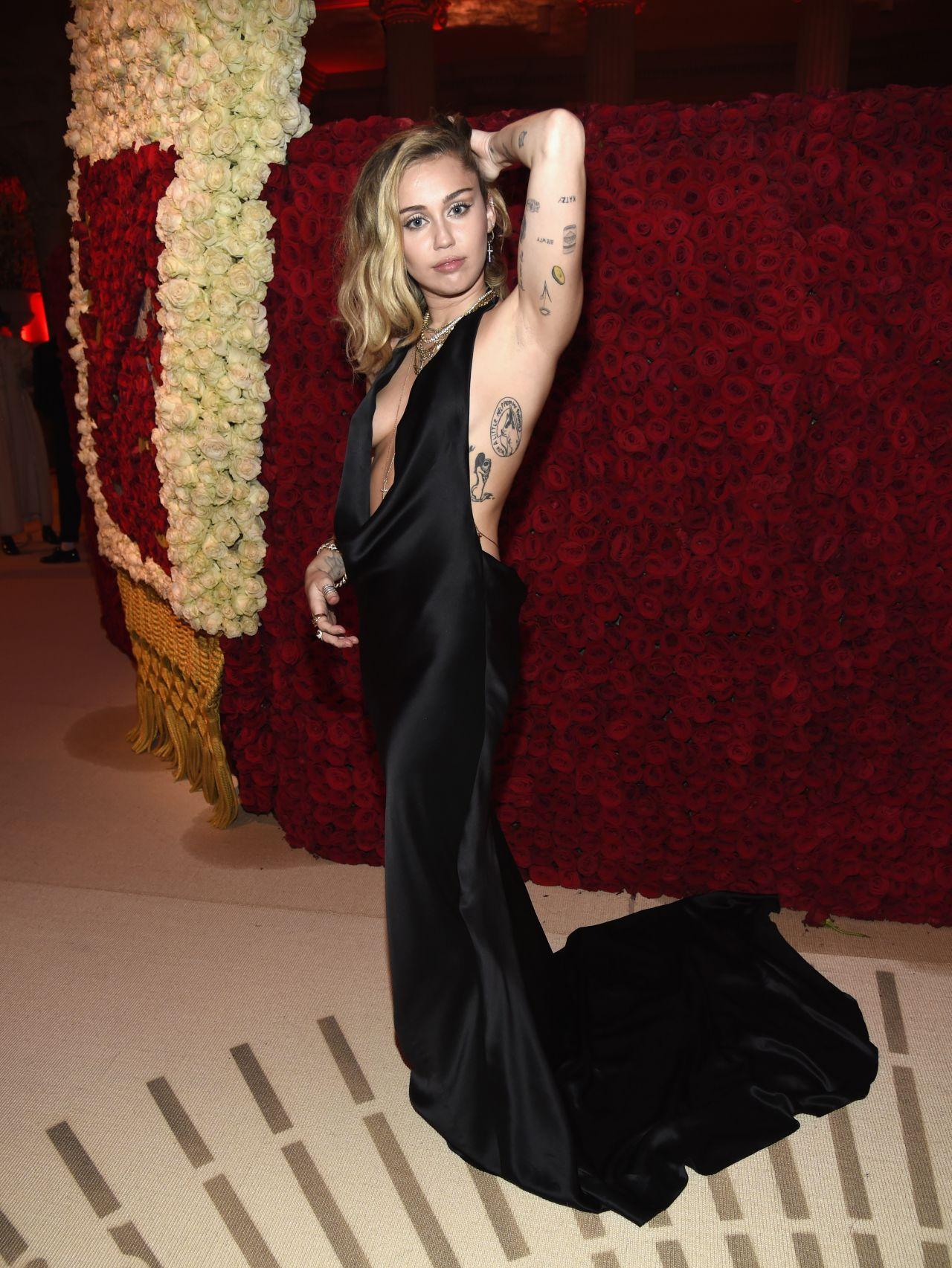 Miley cyrus sexy gallery-4241