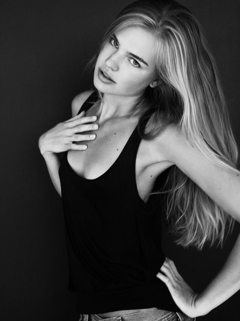 Milou Sluis NED nudes (29 photo), Topless, Paparazzi, Selfie, butt 2015