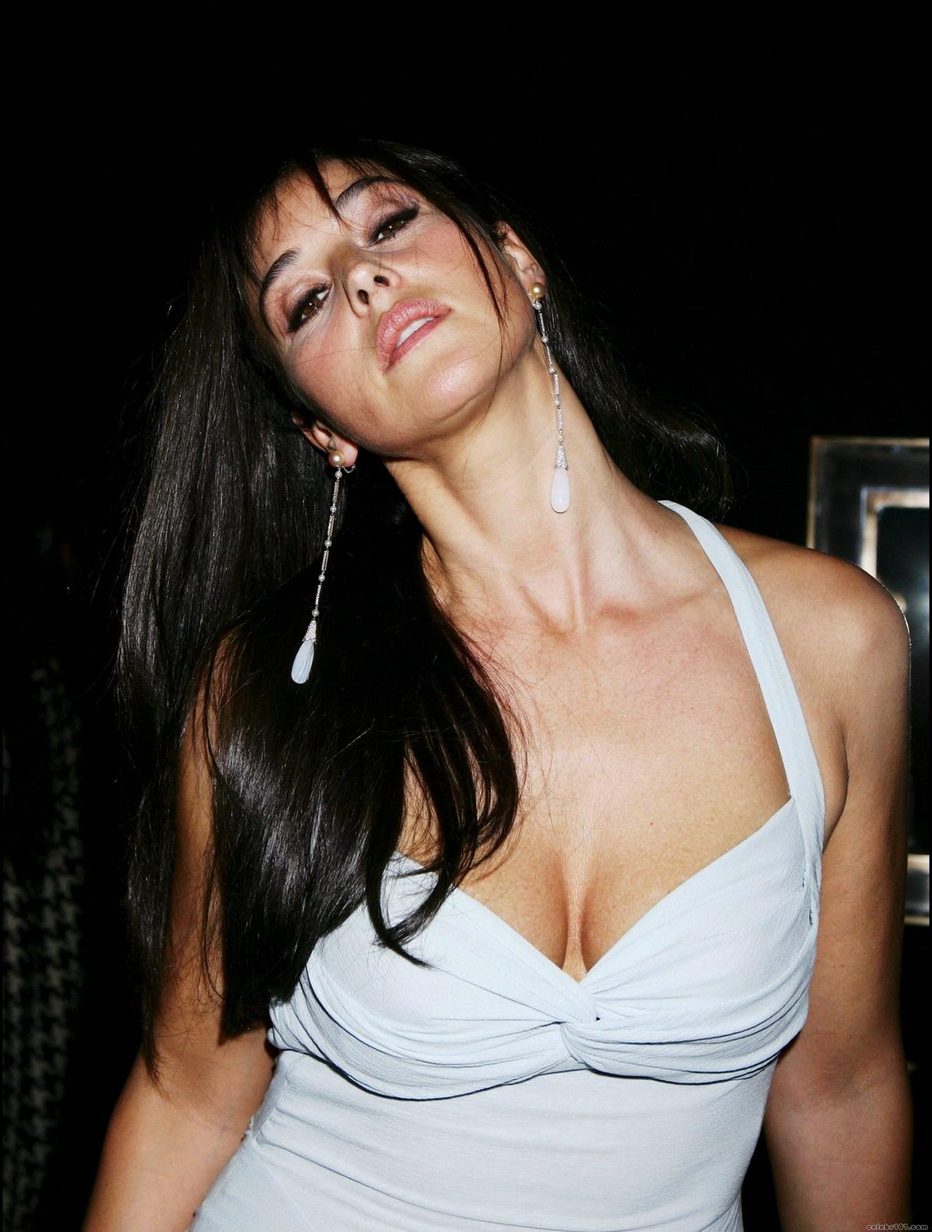 Monica Bellucci photo ...