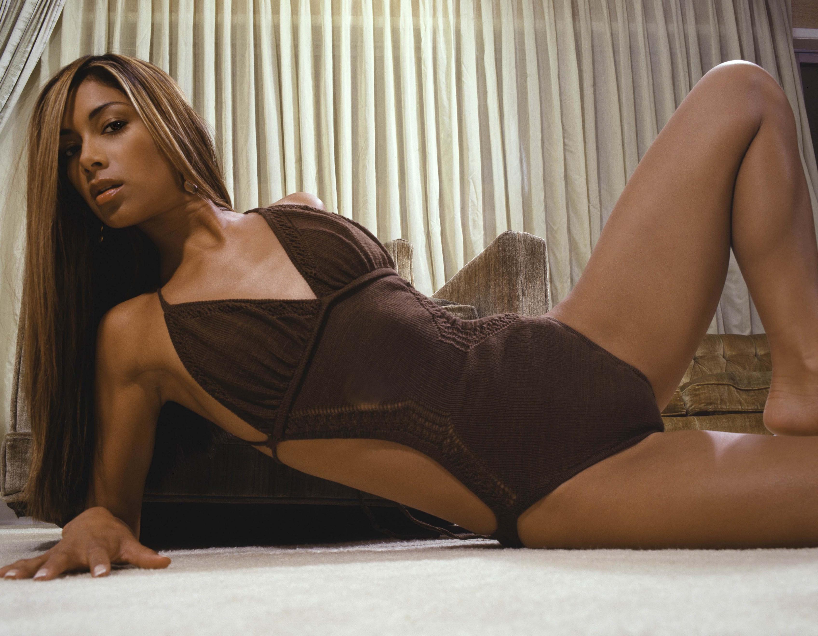 Nicole Scherzinger pho... Nicole Scherzinger Twitter