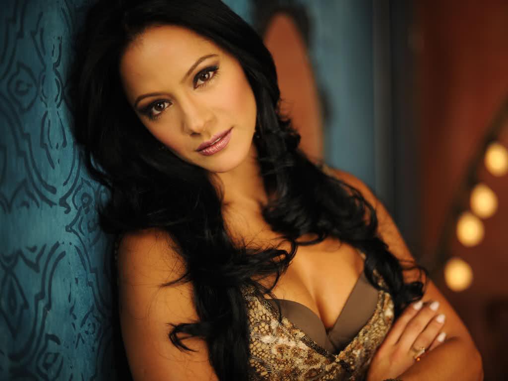 Asian latino girl gallery Brandi with