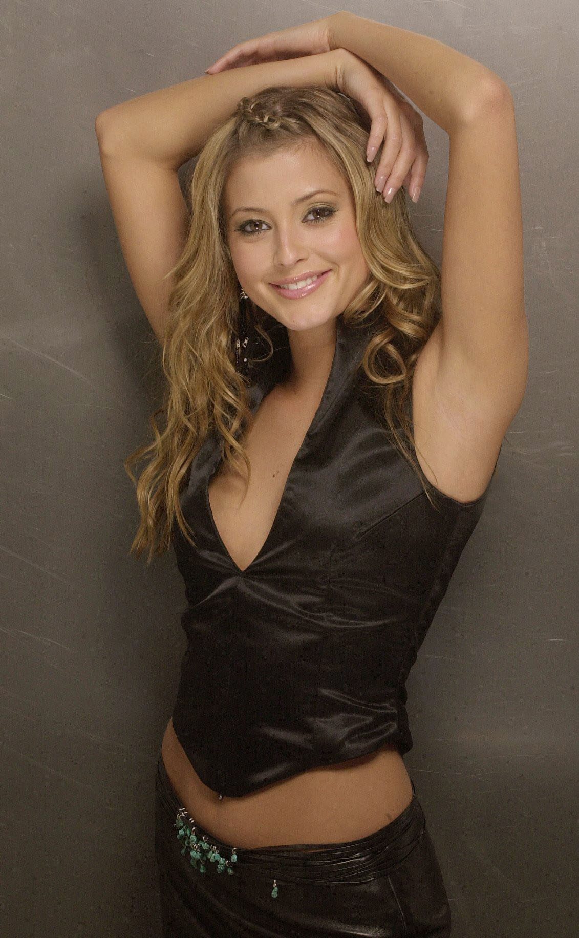 Holly Valance Holly Valance new picture