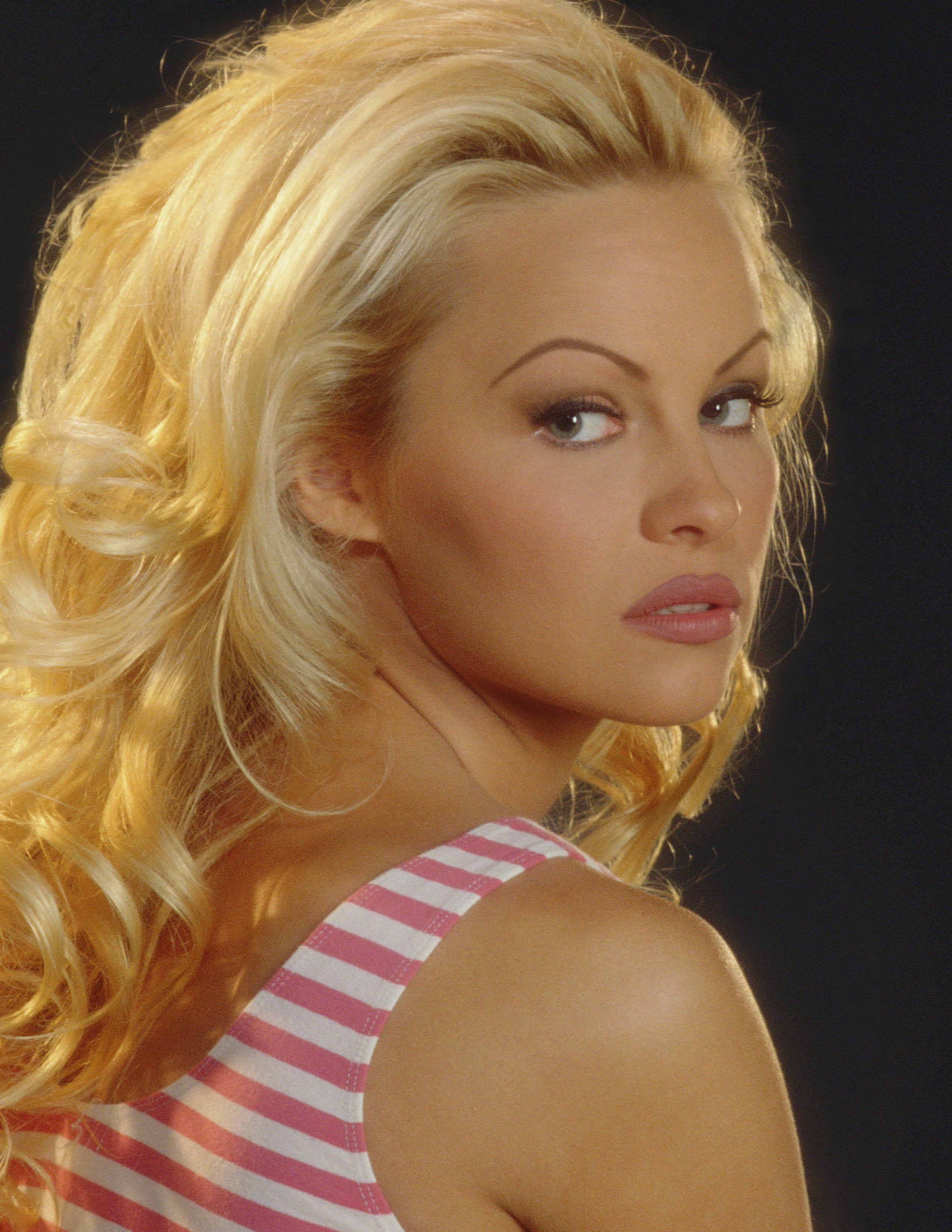 Pamela Anderson Photo 1009 Of 1200 Pics Wallpaper Photo 851063