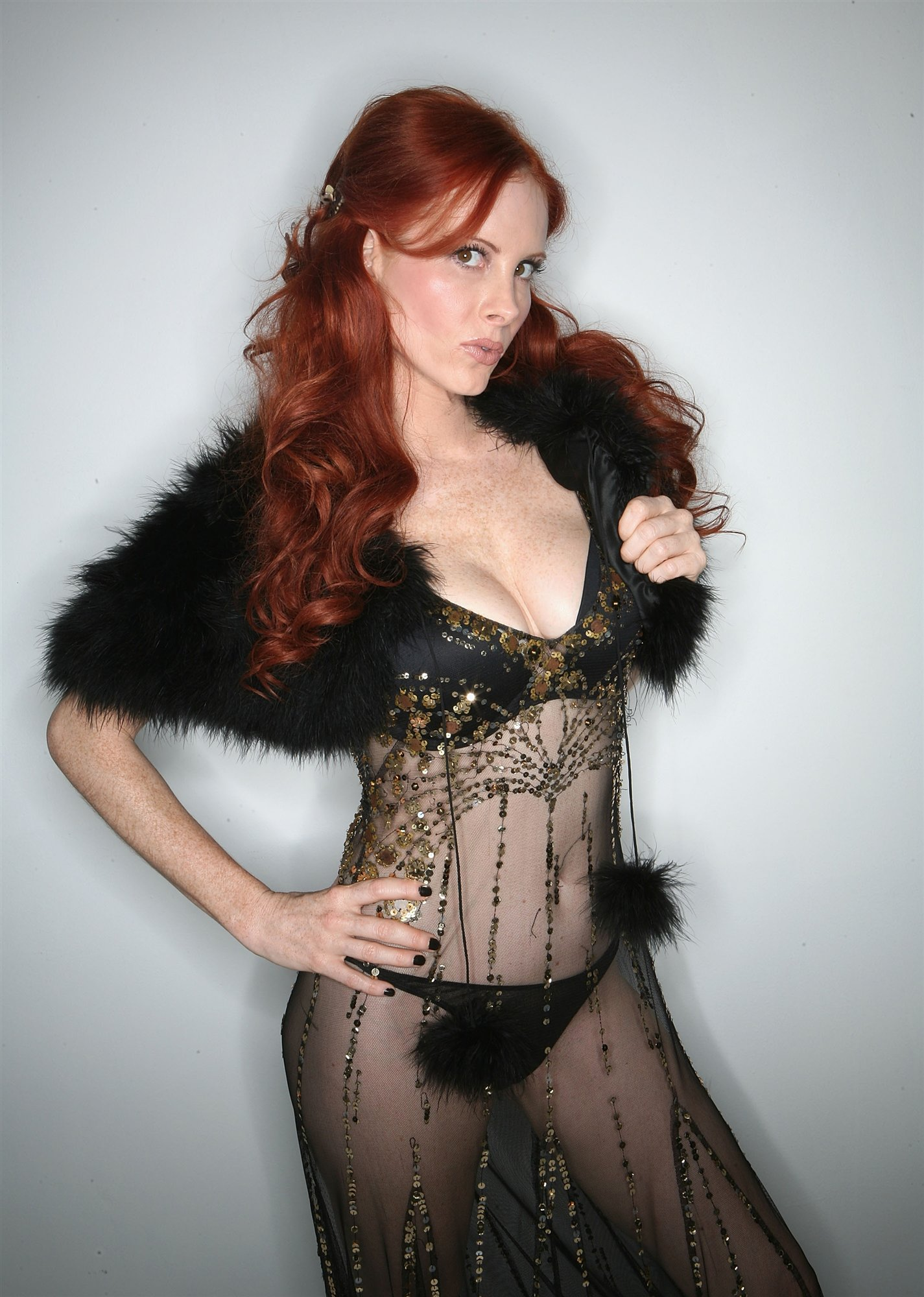 Phoebe Price Paris Photo Shoot - Phoebe price pics 4