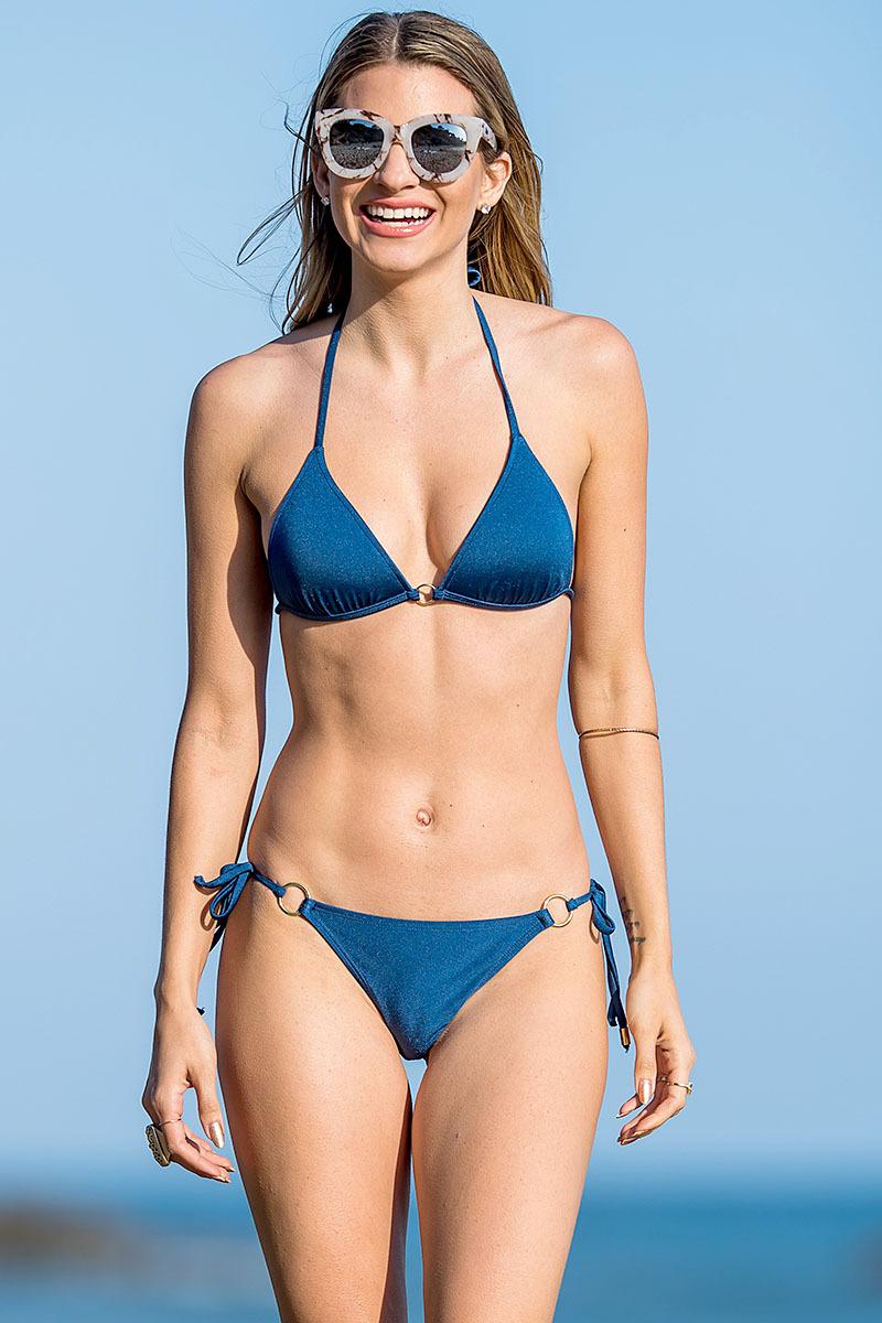 Buxom babes celebrity bikini galleries