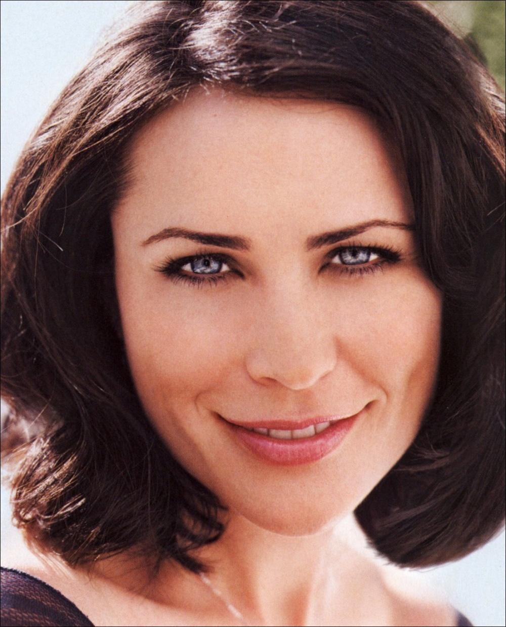 Rena Sofer :: Celebrity Movie Archive