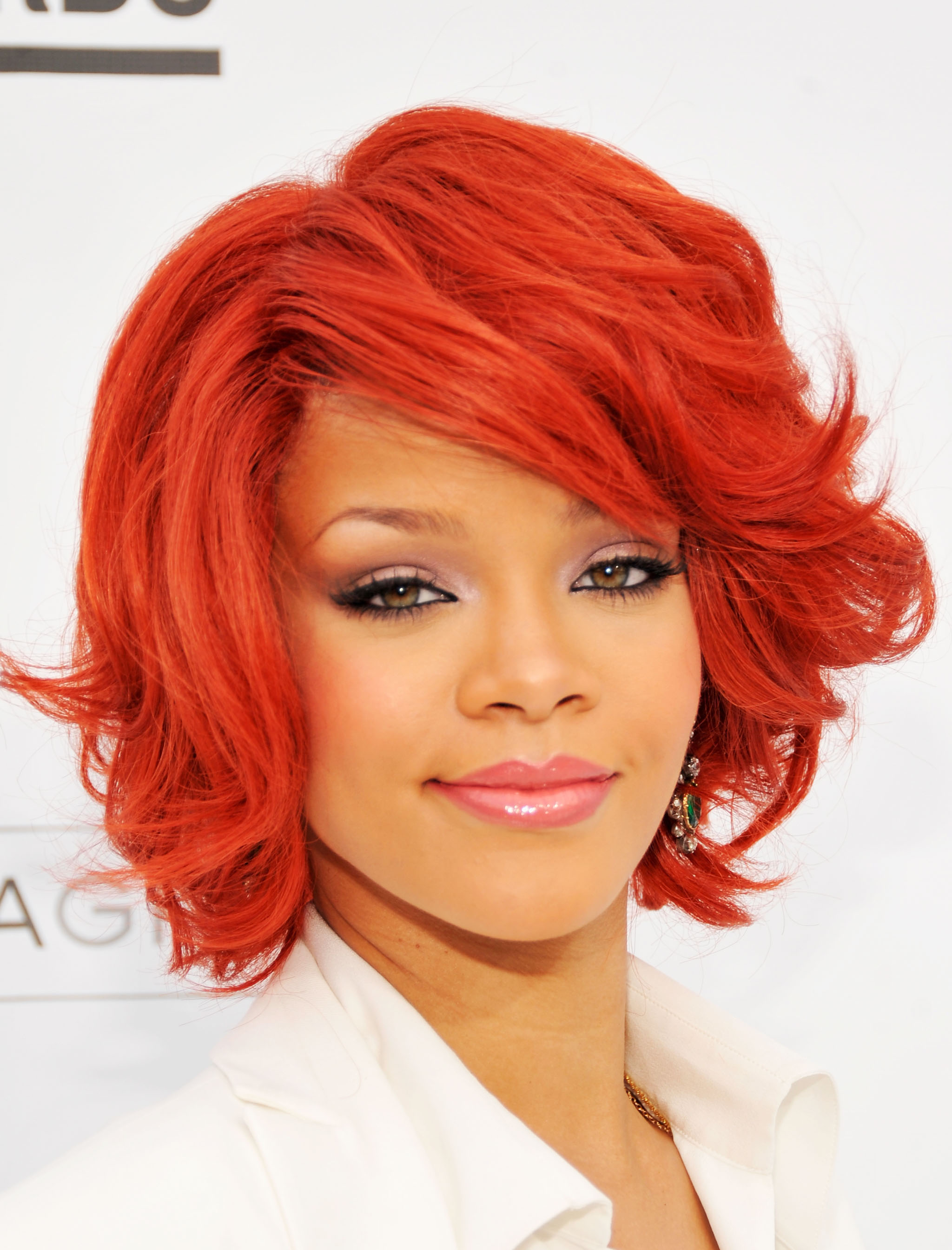 rihanna hair style rihanna photo 2048 of 7563 pics wallpaper photo 381250 6140