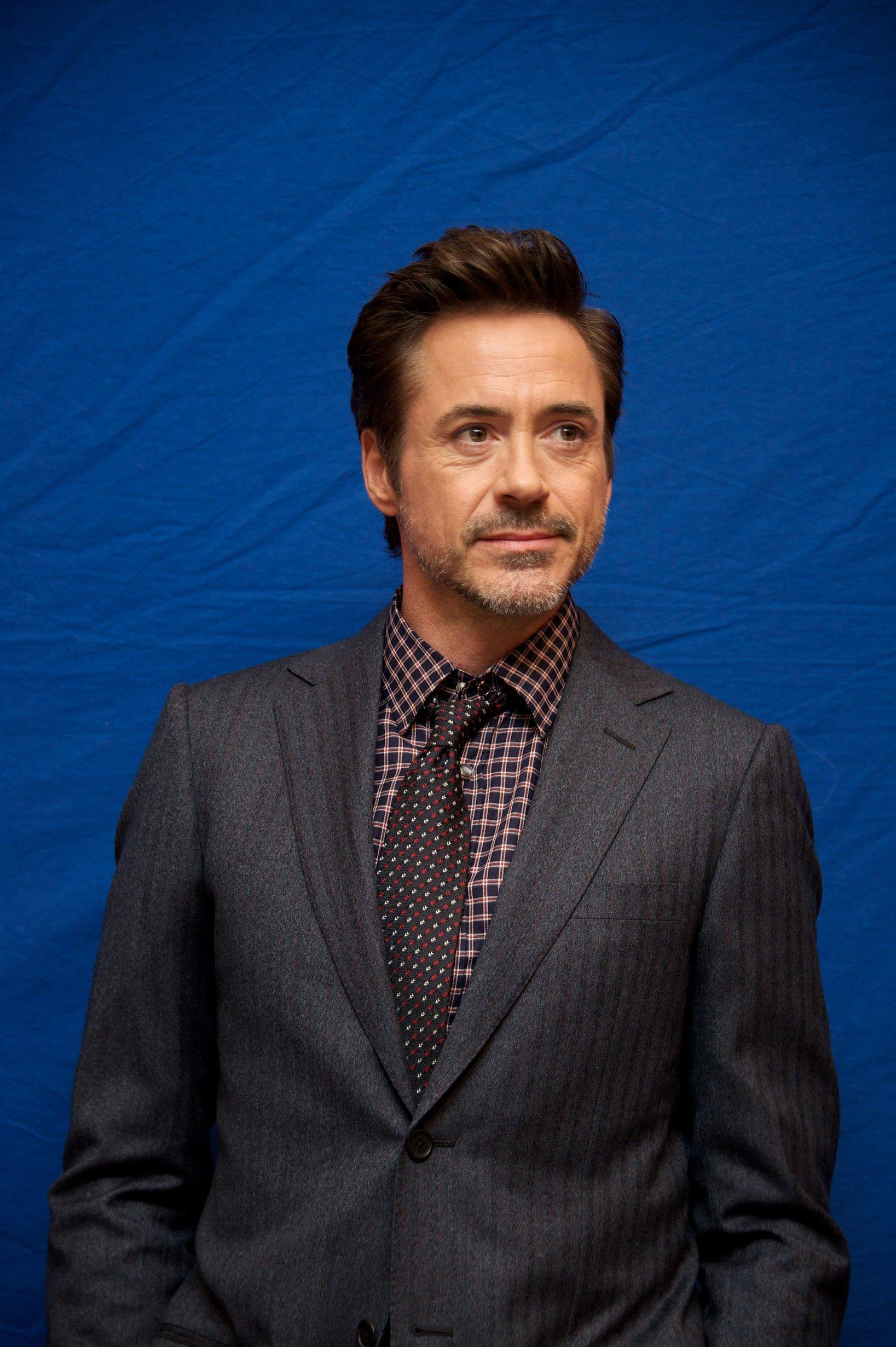 Robert Downey Jr. phot... Robert Downey