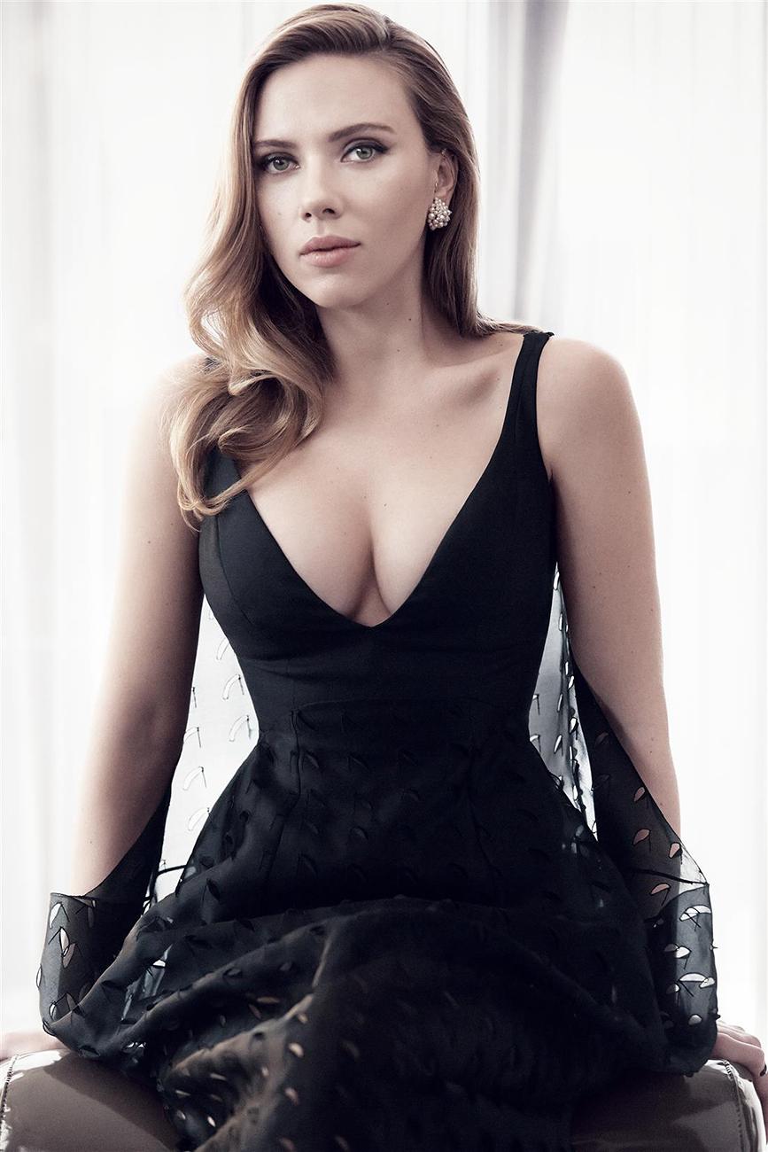 Scarlett Johansson photo gallery - 1729 high quality pics of ...