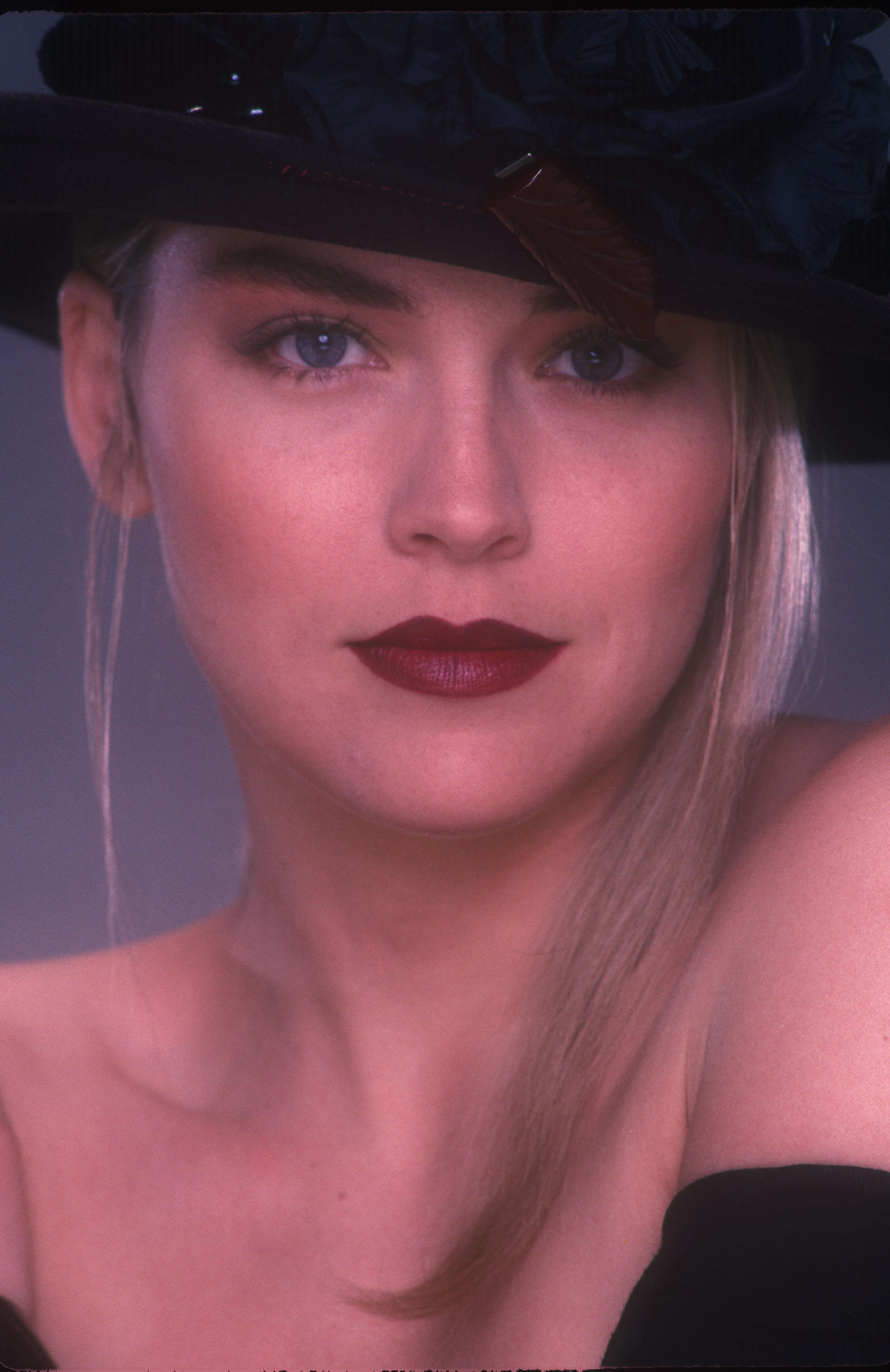 Sharon Stone Photo 461 Of 796 Pics Wallpaper Photo