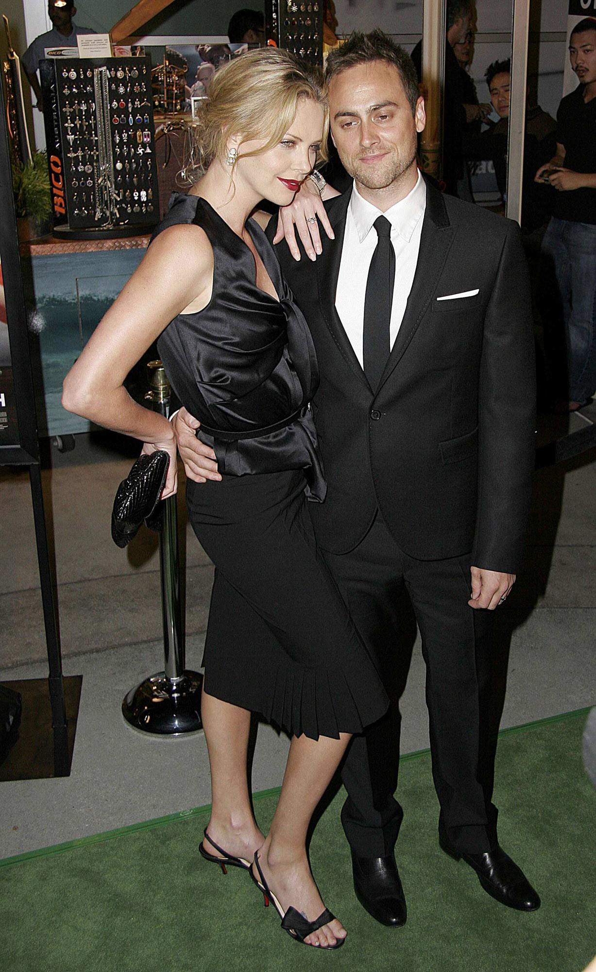 Stuart Townsend dating 2012