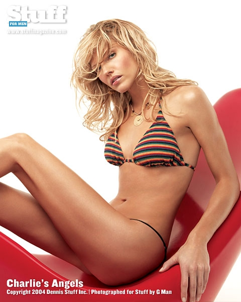 Feet Swimsuit Tricia Helfer CAN 	2	1997-1998  naked (69 images), iCloud, braless