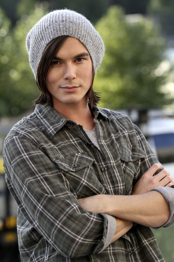 Tyler Blackburn Photo 11 Of 62 Pics, Wallpaper