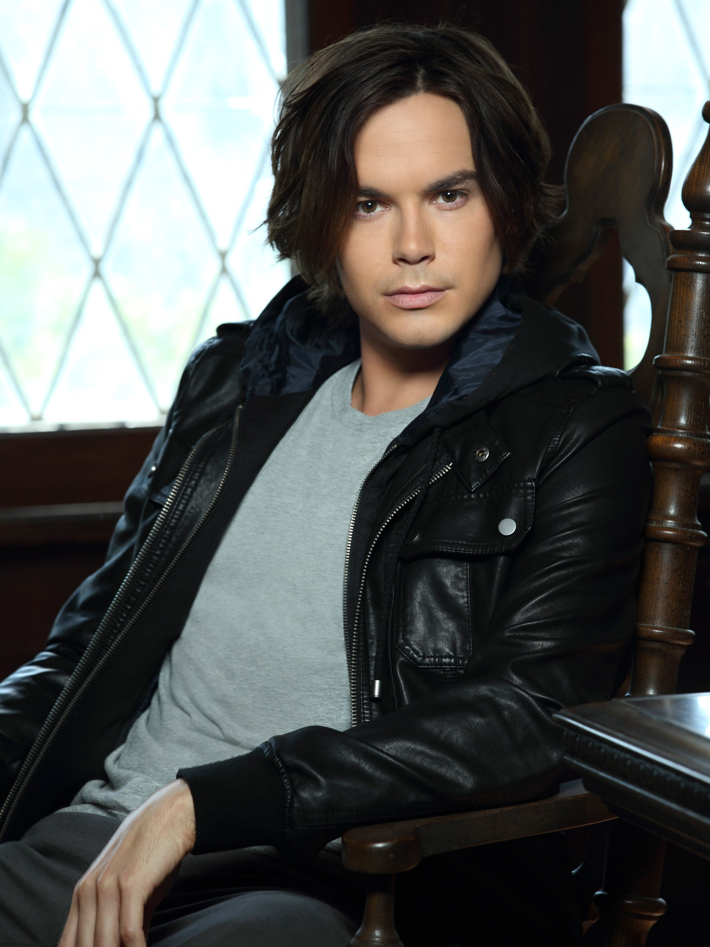 Tyler Blackburn Photo 4 Of 62 Pics, Wallpaper