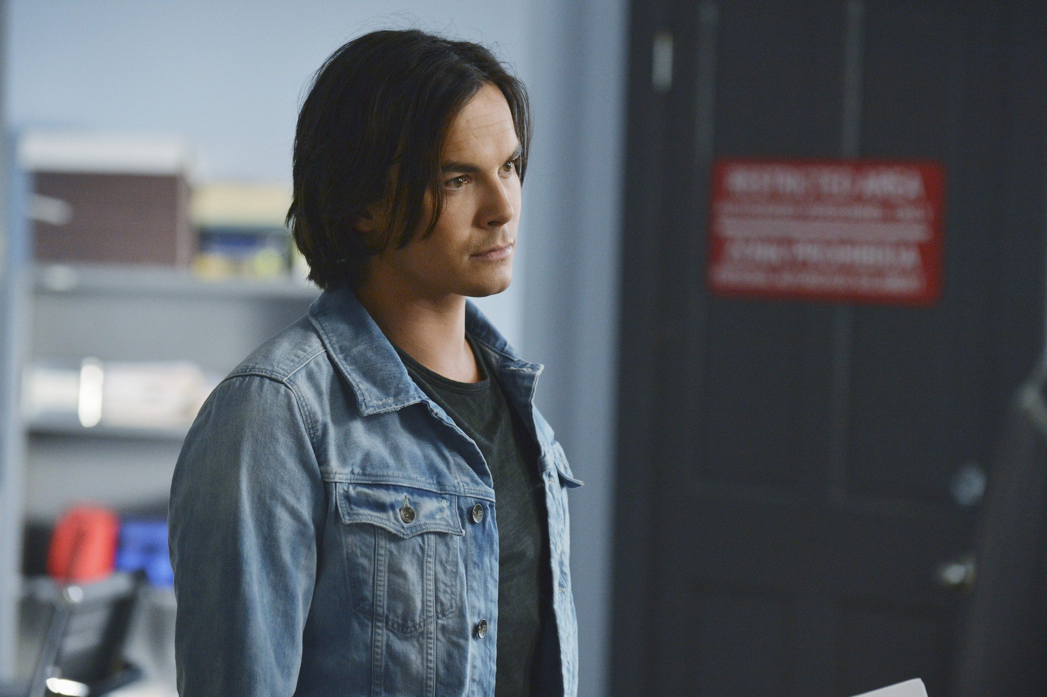 Tyler Blackburn Photo 47 Of 62 Pics, Wallpaper