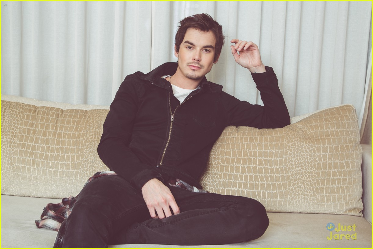 Tyler Blackburn Photo 43 Of 62 Pics, Wallpaper