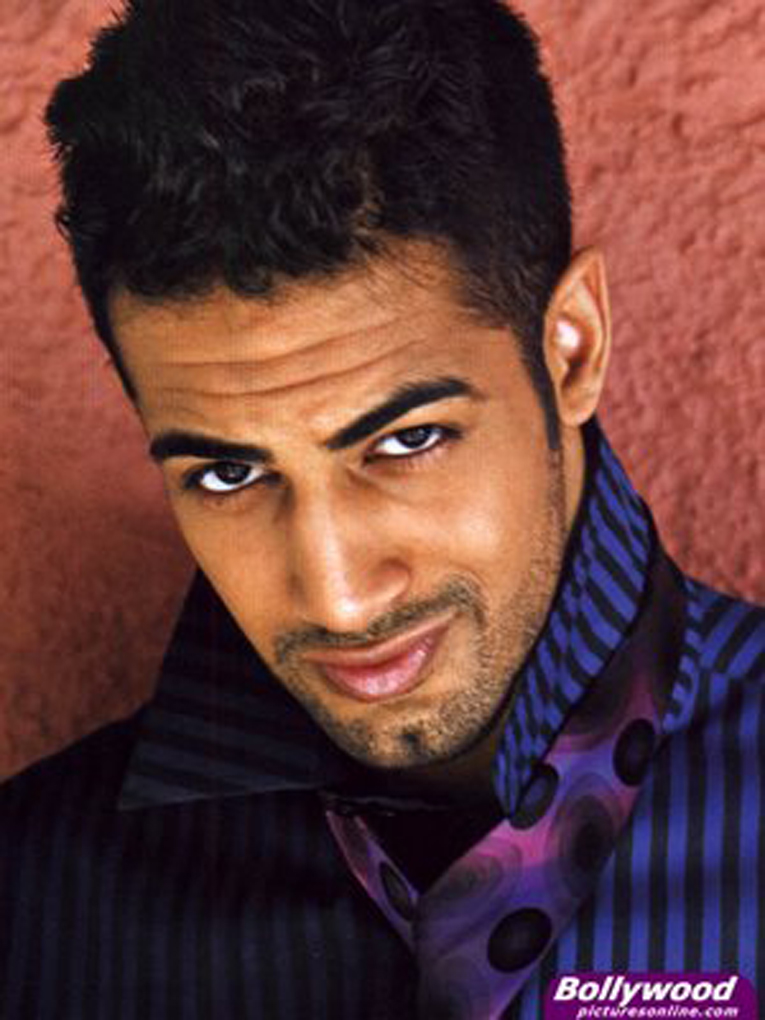 Upen Patel, Run Bhola Run, man candy, male, model, sexy, indian men, hot men, hot indian man, black women, dating, inter racial, relationships, love, romance, options,