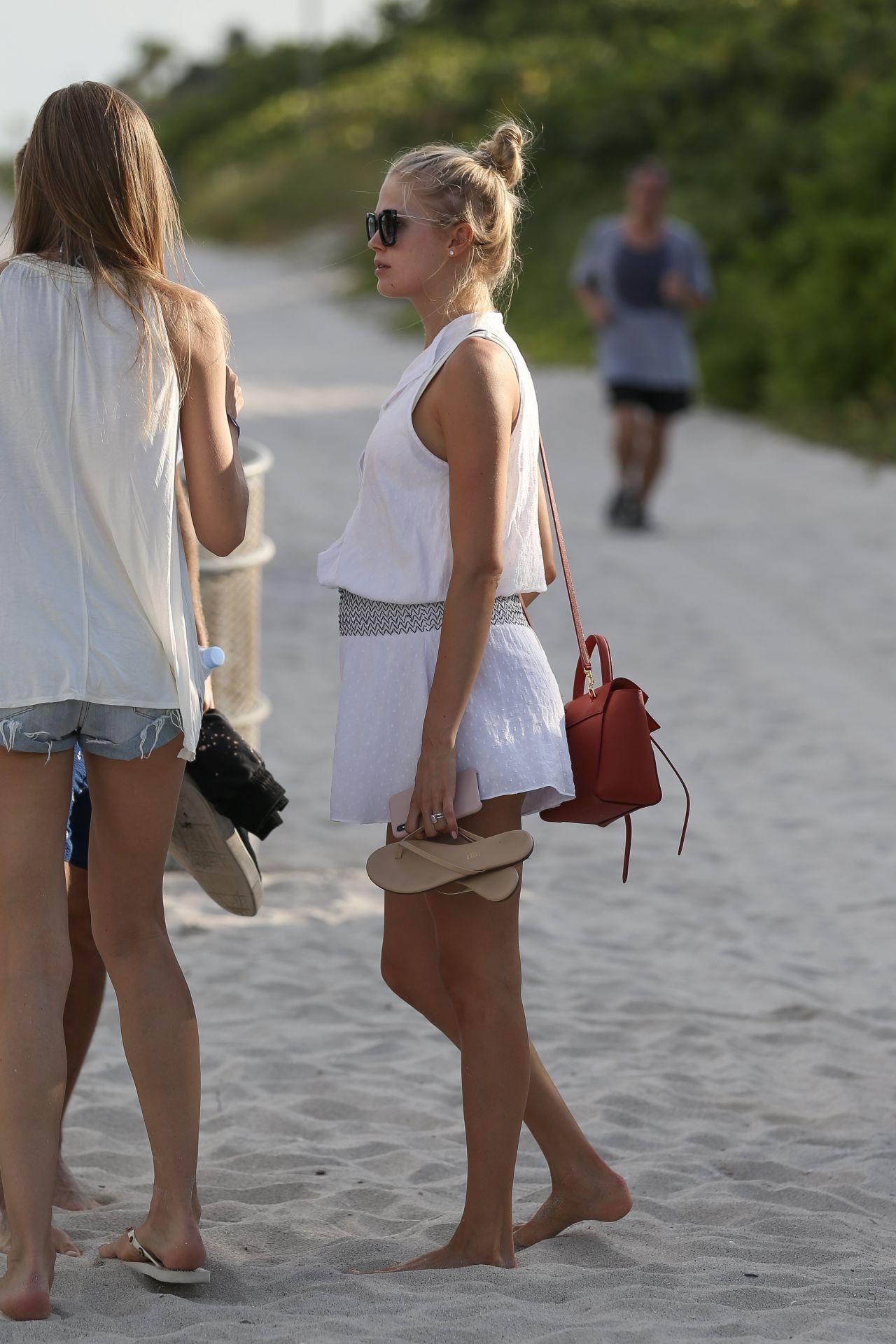 Dating vita a Miami servizio di incontri di testo gratuito