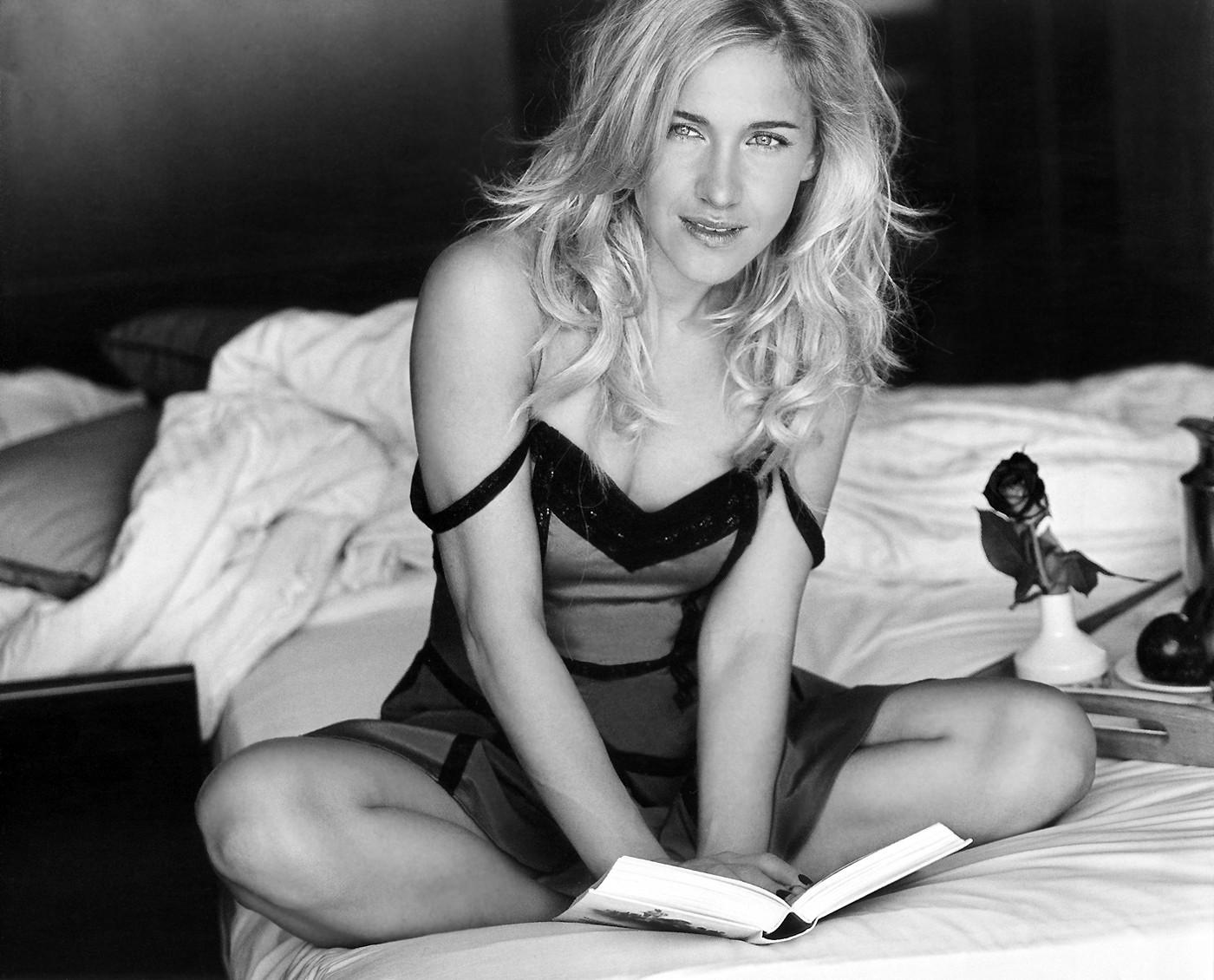 Fotos Julia Kovalchuk nude (69 photo), Sexy, Cleavage, Feet, braless 2017