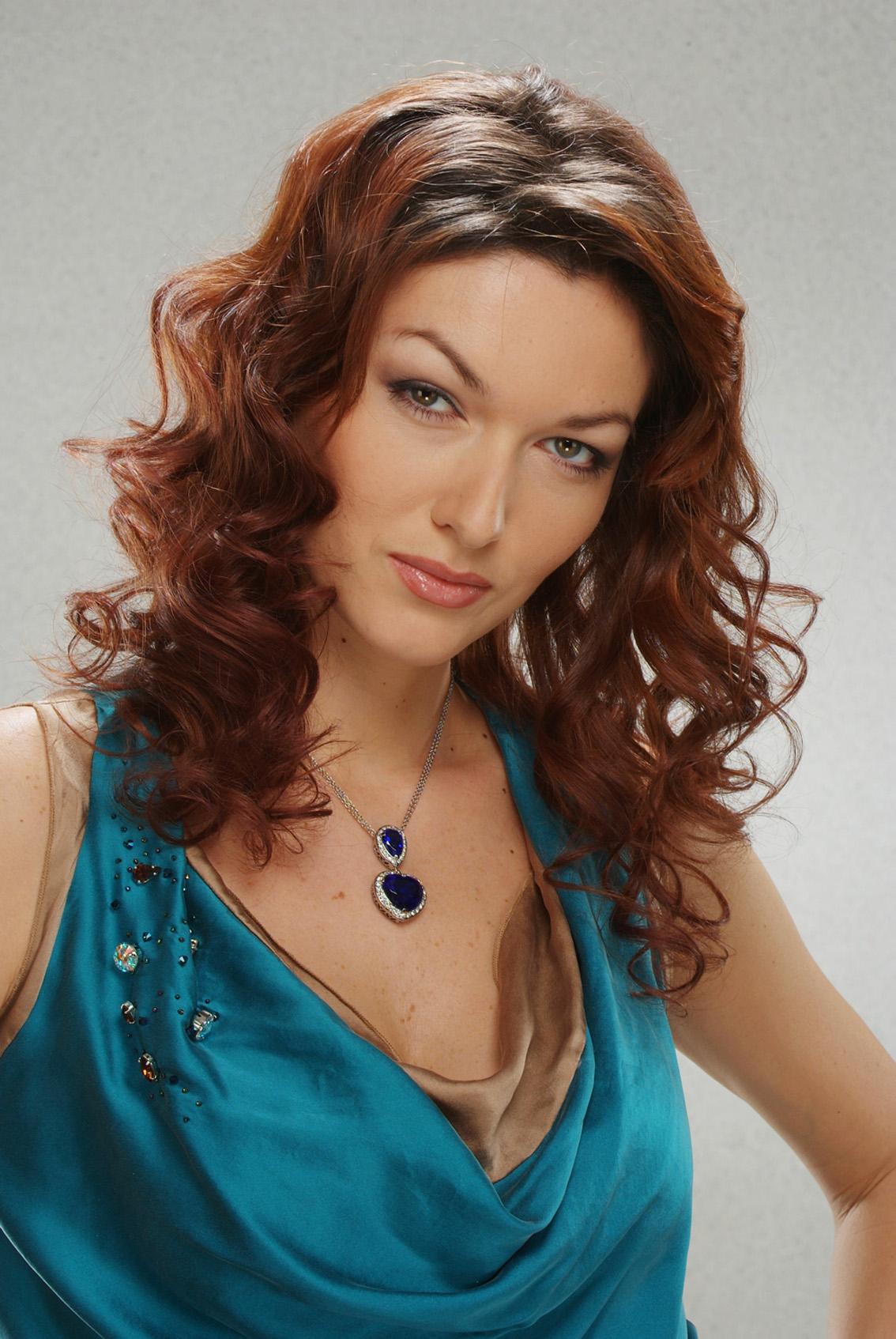 Голая Юлия Такшина на фото из журнала Penthouse