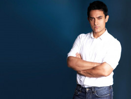 photo 10 in Aamir Khan gallery [id430681] 2011-12-19