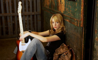 photo 7 in Alexz Johnson gallery [id303033] 2010-11-10