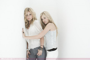 photo 27 in Aly and Aj gallery [id127883] 2009-01-16