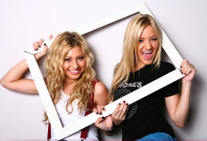 photo 6 in Aly and Aj gallery [id131220] 2009-02-02