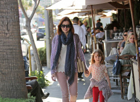photo 8 in Alyson Hannigan gallery [id684028] 2014-03-29