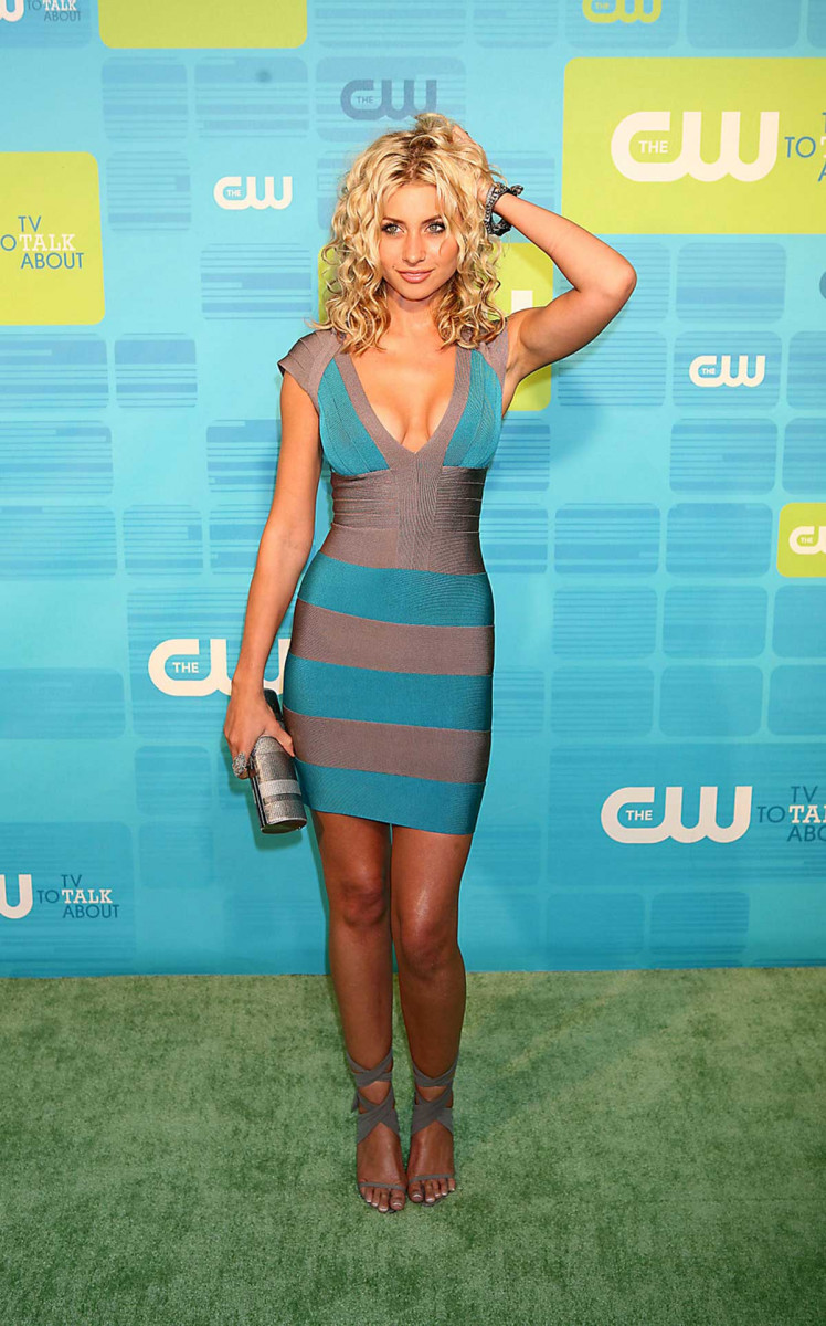 Alyson michalka photo 259960