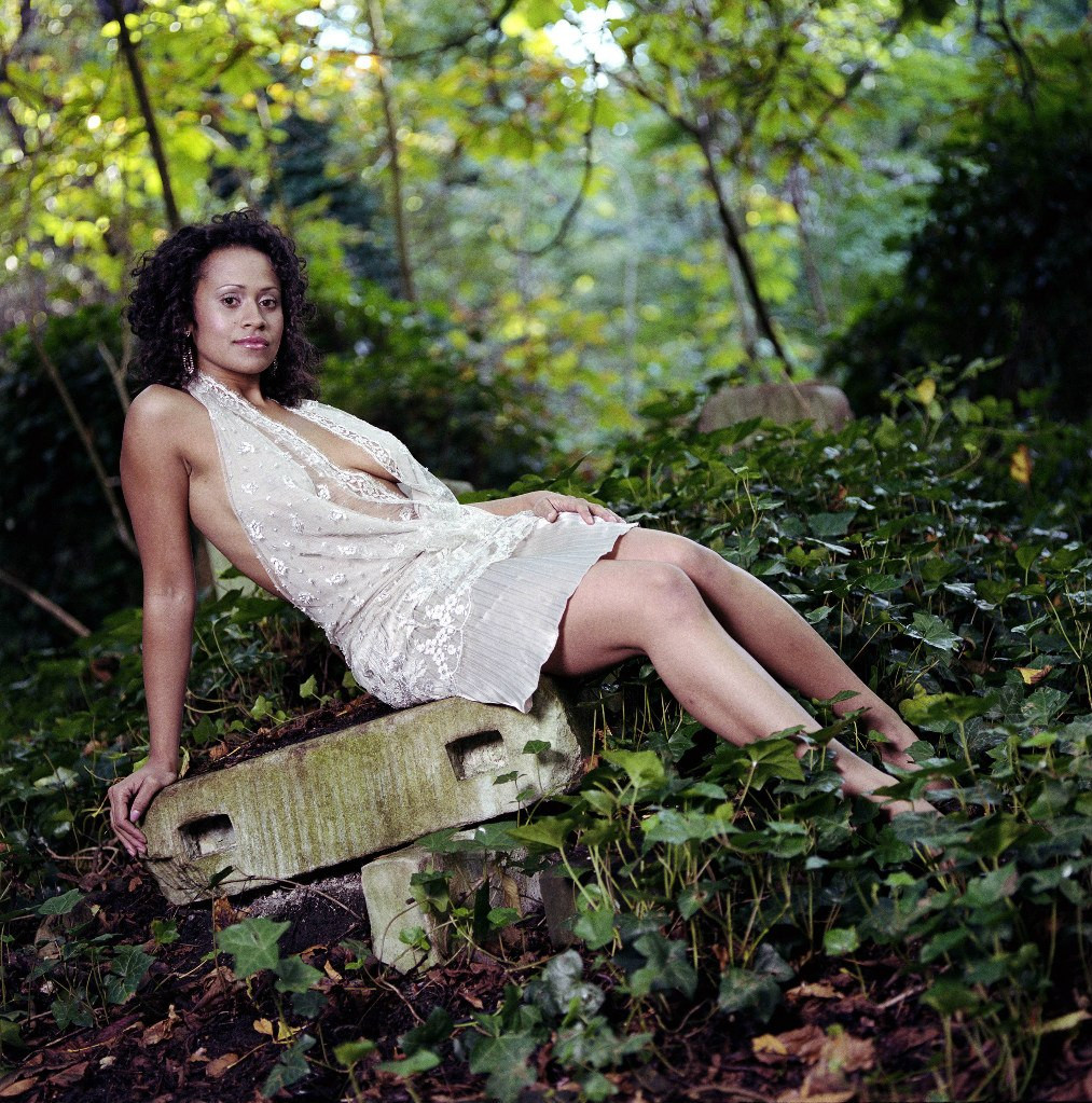 Angel Coulby photo 17 of 115 pics, wallpaper - photo