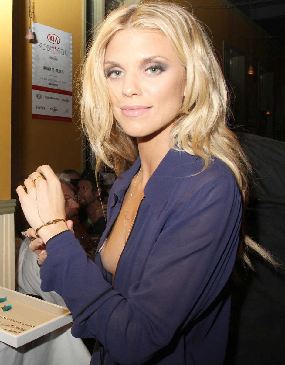 Join Annalynne mccord cleavage sympathise
