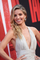 photo 5 in Annabelle Wallis gallery [id1044166] 2018-06-14