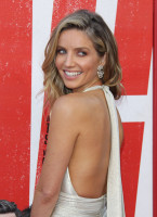 photo 3 in Annabelle Wallis gallery [id1044168] 2018-06-14