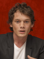 photo 9 in Anton Yelchin gallery [id424043] 2011-11-28