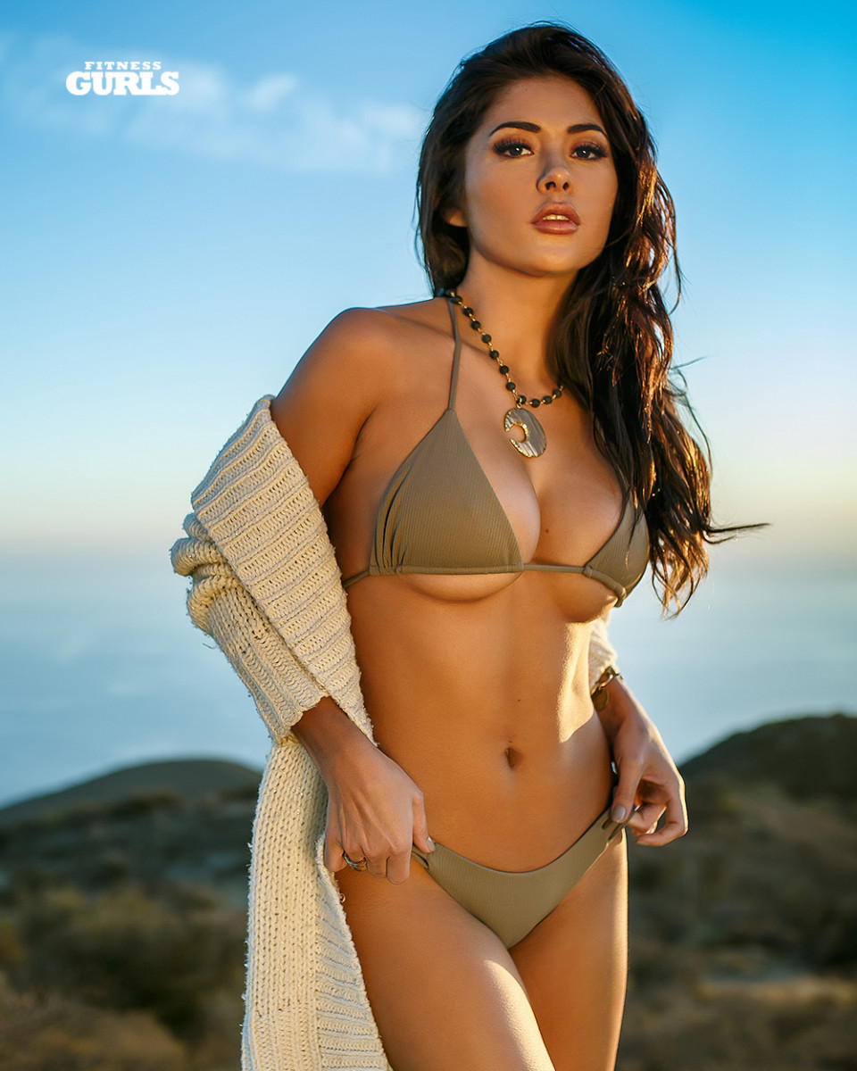 Arianny Celeste Nude Photos 89
