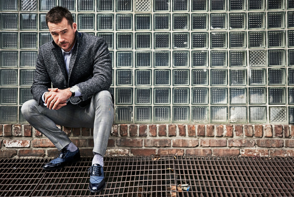 Barry Sloane : pic #1219585