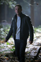 Barry Sloane  pic #856713