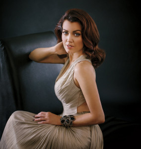 Bellamy Young pic #921977
