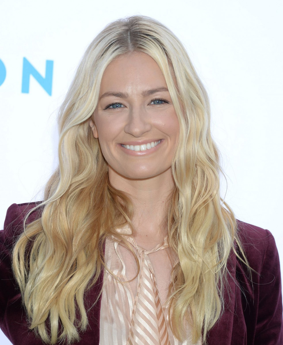 Beth Behrs: pic #1073210