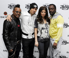 Black Eyed Peas pic #234441
